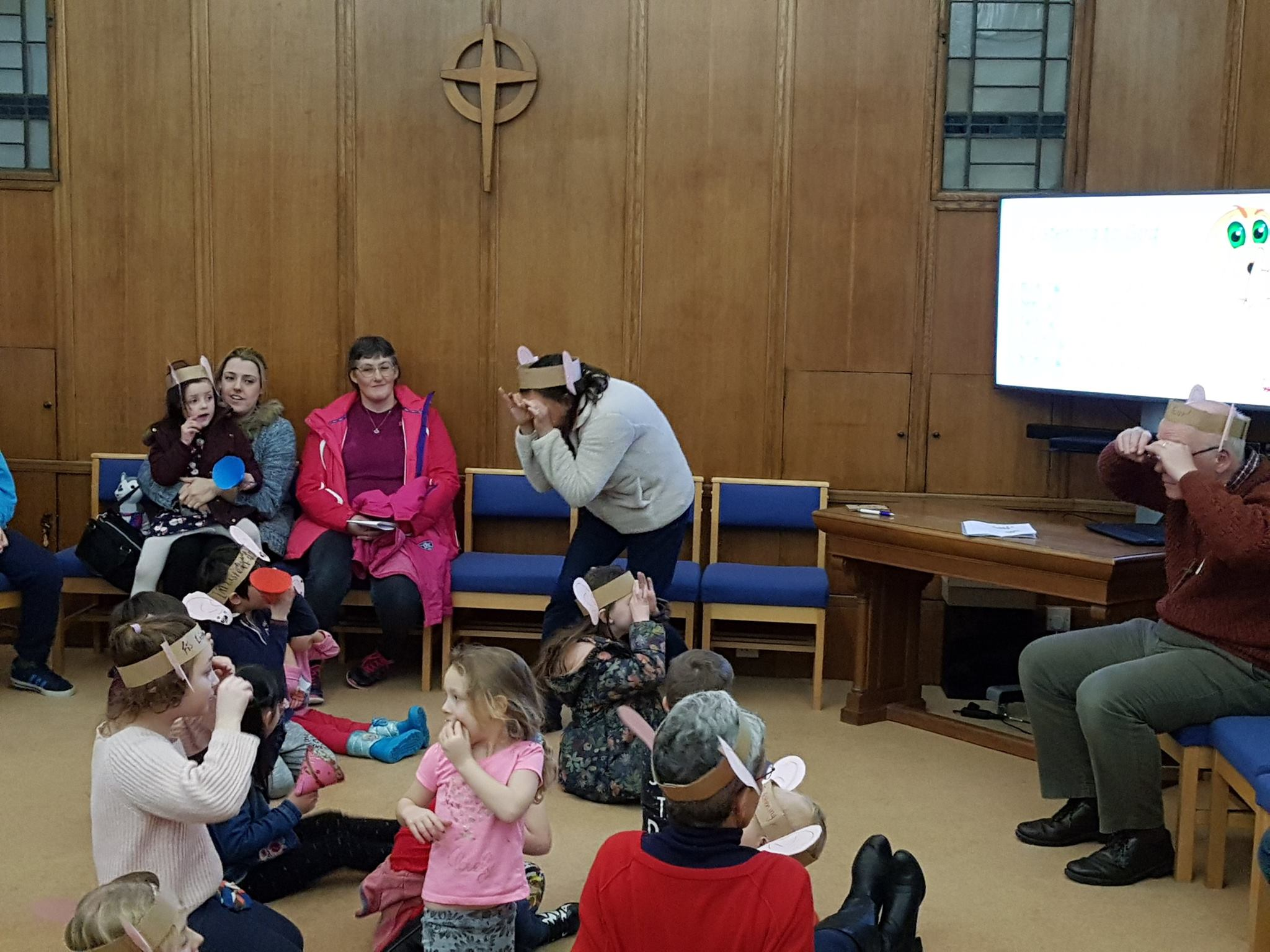 Messy Church 4.jpg